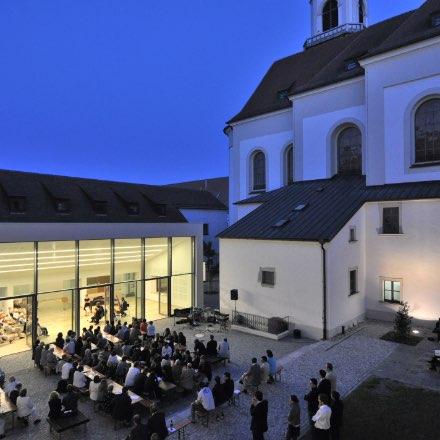 Lehrbeauftragter an Hochschule Regensburg